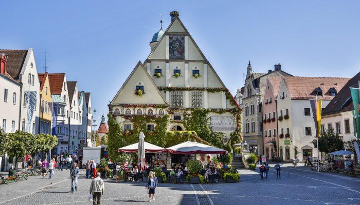 Das alte Rathaus - Herz der Max-Reger-Stadt Weiden