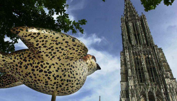 Die beiden Wahrzeichen der Stadt: Ulmer Spatz und Ulmer Münster. © Ulm/Neu-Ulm Touristik GmbH